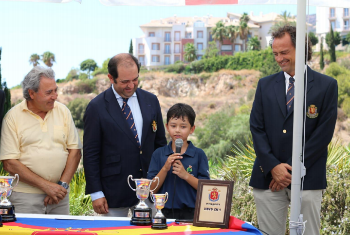 Samuel Love wins the Spanish Pitch & Putt Benjamin Championship