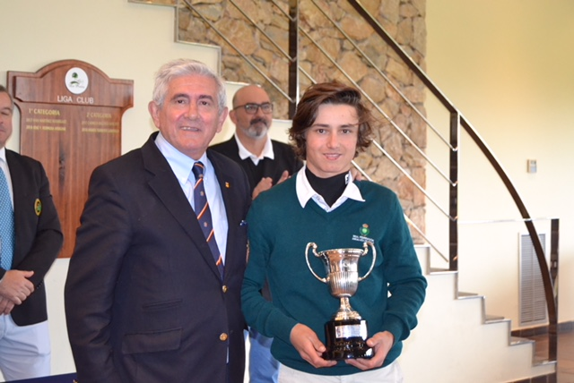 Álvaro Mueller-Baumgart, spanish champion Under 18 in Las Pinaillas